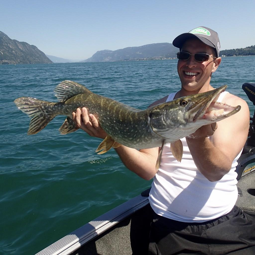 pêche du brochet au lac du Bourget Savoieguidage